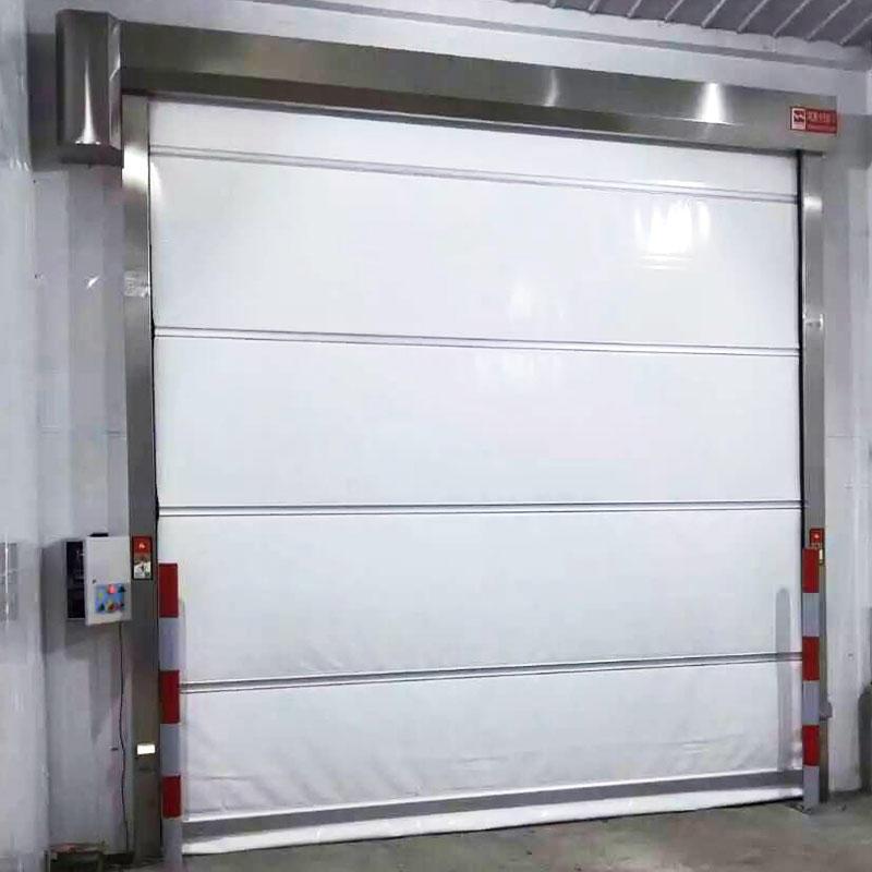 Fast plastic roller up shutter door